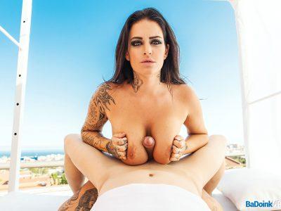Raquel Adan Slutty Skyline VR 03