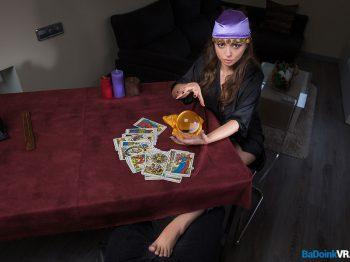 Miriam Prado in Tarot Love Spread 01