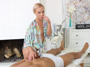 Vinna Reed in Hot Massage 01