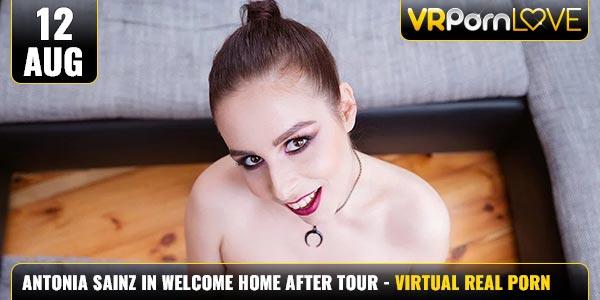 Antonia-Sainz-Welcome-Home-After-Tour